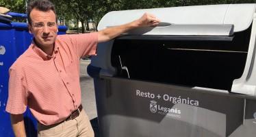 El gobierno municipal PSOE-IUCM se 'autoinculpa' de que los contenedores de basura no tengan pedales