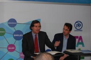 Alvaro Ballarín. Viceconsejero de Cultura, Deportes y Turismo y Miguel Ángel Recuenco, presidente y portavoz del PP de Leganés