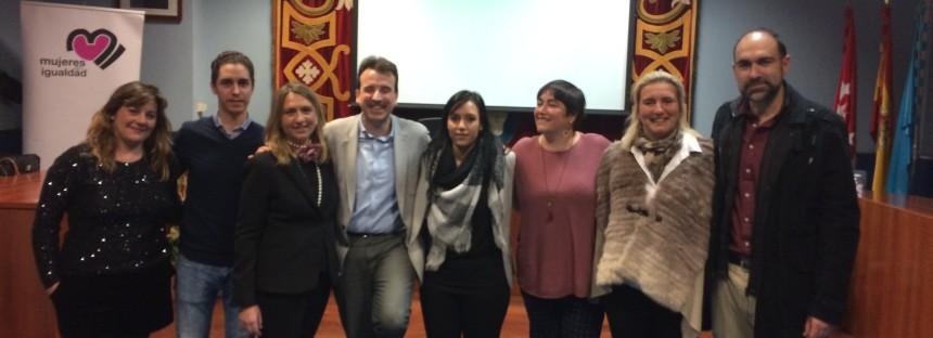 """La pluralidad de ideas base del éxito del debate """"Equidad de Género"""""""