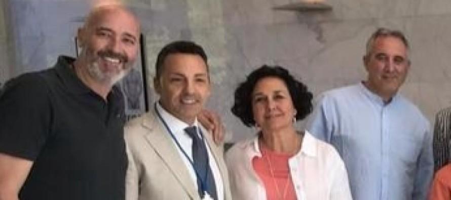 El PSOE 'compra' a Ciudadanos: dos afiliados de Rivera cobrarán 432.000 euros como gerentes de las empresas públicas