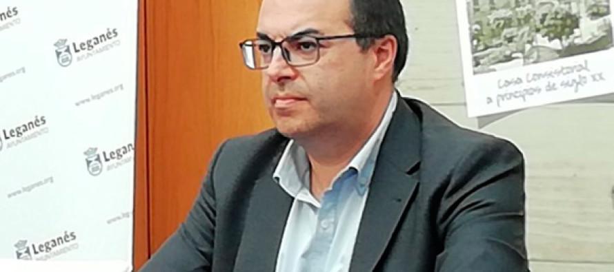 El socialista Llorente debe más de un millón de euros en ayudas a la educación de Leganés